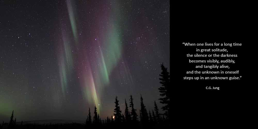 jung-solitude-arctic-northern-lights